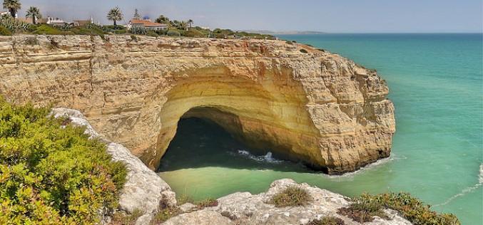 Lagoa promueve sus playas y su gastronomía en la BTL de Lisboa