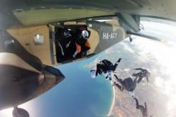 El Festival Spring Boogie reúne a 250 paracaidistas en Portimão