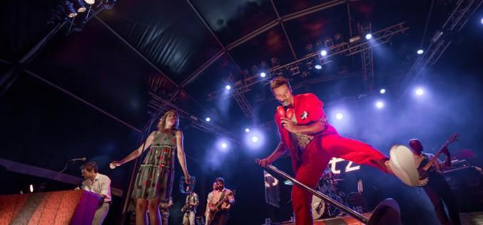 Os Azeitonas animan el Festival del Marisco