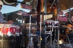 La banda Mwatas del Namibe, en el Cantaloupe Café de Olhao