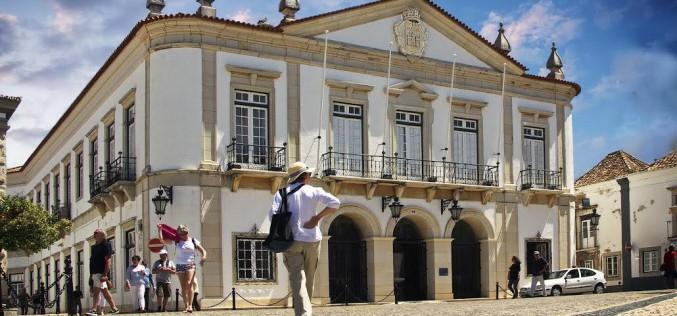 Faro apuesta por la recuperación del parque escolar municipal