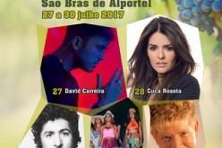 Cuca Roseta y David Carreira, en la Feria de la Sierra de São Brás