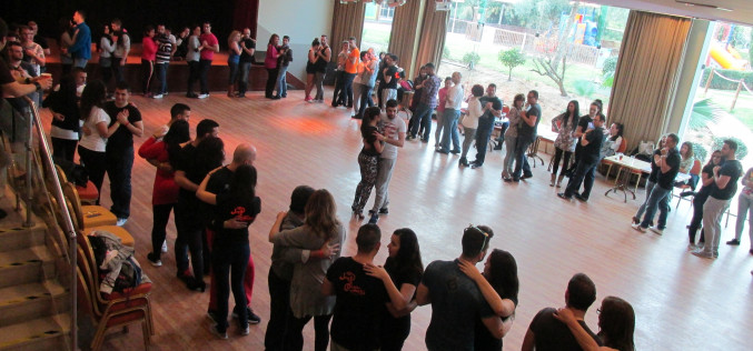 Huelva baila en Albuferia al ritmo de bailes latinos