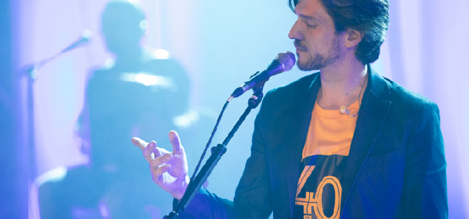 Rogério Charraz, en concierto en Albufeira por el 25 de abril