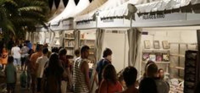 El vino, los libros y las antigüedades, protagonistas en Tavira