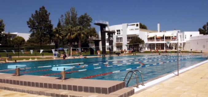 '2018 minutos en la piscina', en Loulé