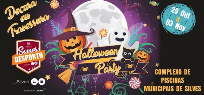 Silves anima sus piscinas municipales con una Halloween Party