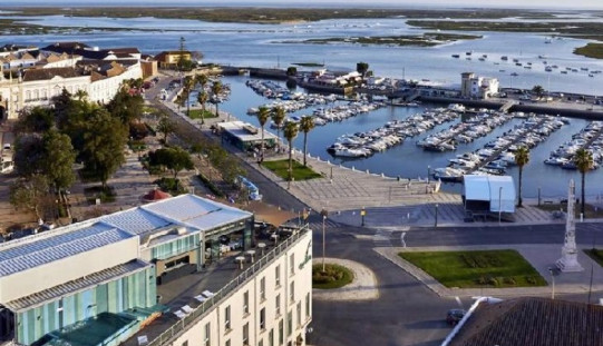 Hotel Faro & Beach Club, distinguido con dos premios a nivel europeo