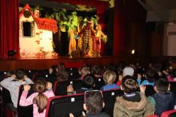 Niños de Vila do Bispo celebran la magia de la Navidad