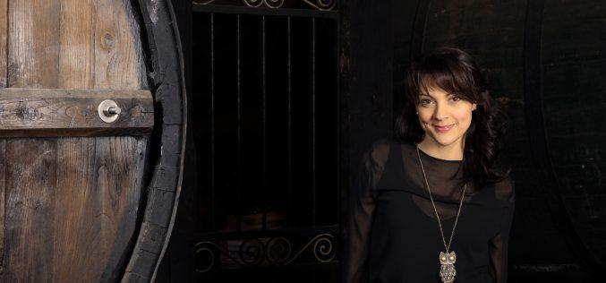 """Clara Haddad presenta """"¡Cuentos de antaño para personas de ahora!"""""""